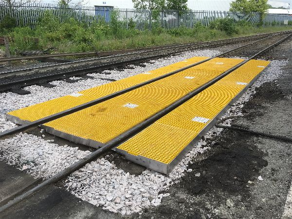 Railway protection trays